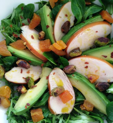 Leo goes Paleo kip avocado pistache salade